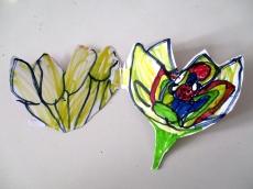 La flor de loto de Nur abierta, con Atum dentro.
