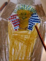 El sarcófago de Jimena ya está casi terminado.